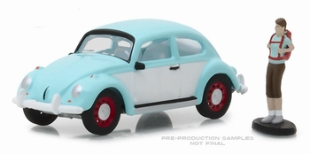 97040F  Volkswagen Beetle with Backpacker Figure  1:64