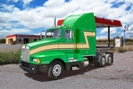 RE7446  Kenworth T600 1:32 kit