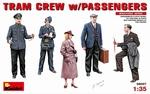MA38007  Tram Crew with Passengers 1:35 kit